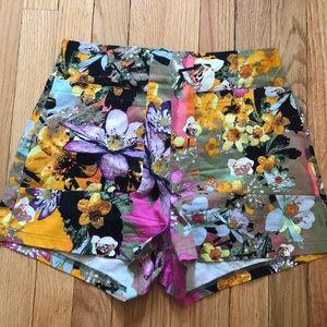 Gianni Bini M High Waist Stretch Floral Zip Shorts